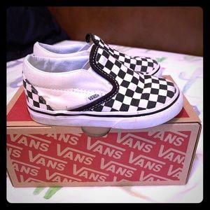 Classic black & white checkered vans size 7 baby